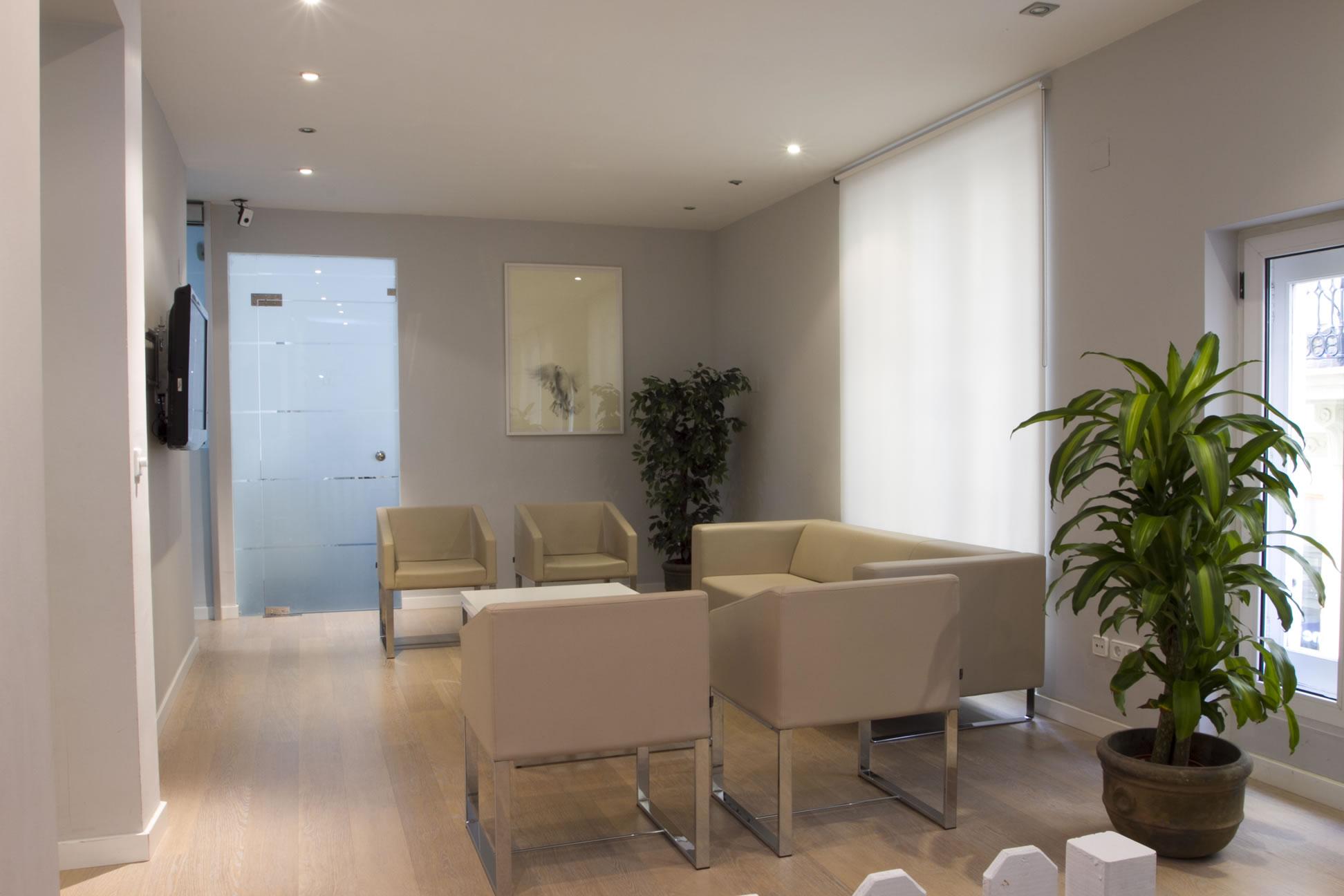 Cl nica dental for Muebles de oficina zona tigre